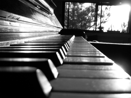 piano_by_darkshadow14251